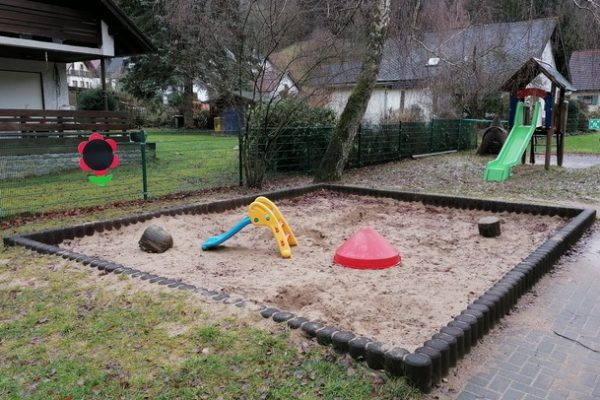 Kita Eifelzwerge Leimbach – Sandkastenüberdachung